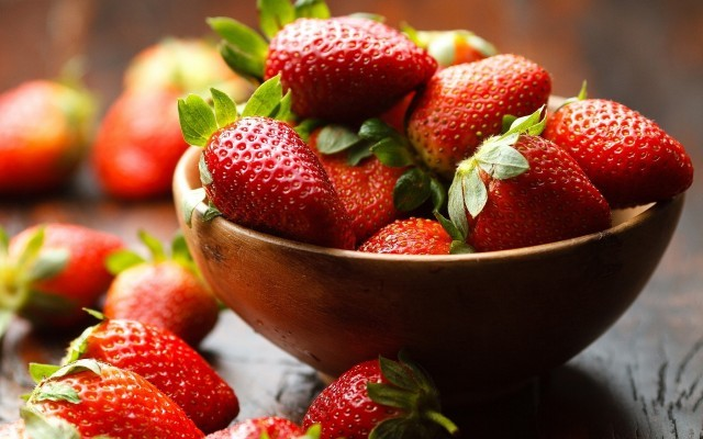 strawberries-Bowl of Strawberries