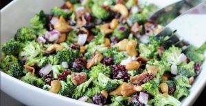 broccoli-cashew-salad